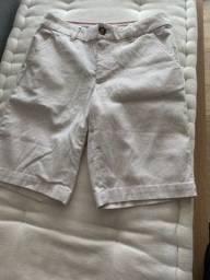 Bermuda Tommy Hilfiger e Blusa renda Zara EUA