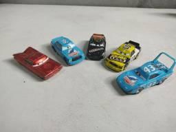 Coleção de 5 carros originais dos Cars todos de metal