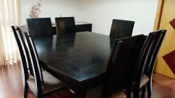 Mesa 6 cadeiras e buffet