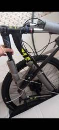 Bicicleta gtsm1 nova lacrada aro 29 telefone *
