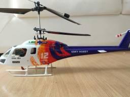Helicóptero de Controle Remoto Esky E 020