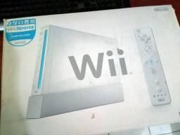 Nintendo Wii completo com 5 jogos