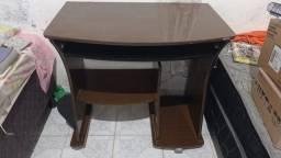 Mesa para estudo/trabalho