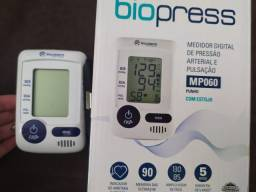 Medidor de Pressão e pulsação digital