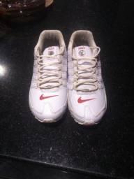 Tênis Nike Shox nz,usado apenas 2 vezes