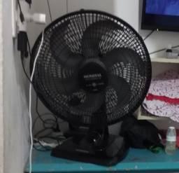 Vendo este ventilador Mundial grande