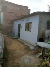 Vende-se duas casa mais um terreno no bairro ouro preto contato. *