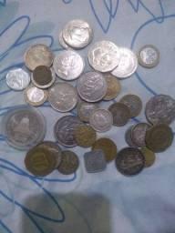 Vendo moedas antigas estrangeiras