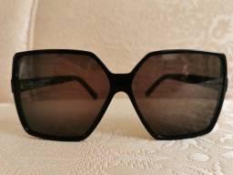 Óculos de sol Yves Saint Laurent Feminino usado