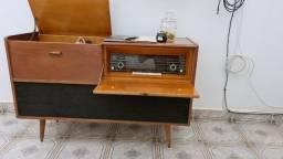 Radio e toca disco Raridade