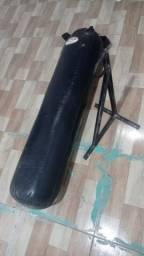 Saco de pancada cheio + suporte de ferro