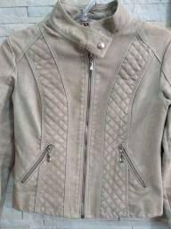 Jaqueta feminina em couro ecológico