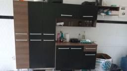 Vendo armário de cozinha com 6 meses de uso