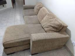 Sofá com almofadas soltas 2,52x0,96(1,56)x0,44m