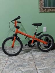 Vendo bicicleta infantil menino (aro 16)