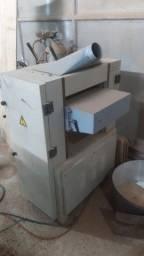 Máquina de marcenaria e madeira!!