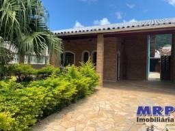 Casa em Ubatuba, com edícula, na praia da maranduba, aceita financiamento bancário