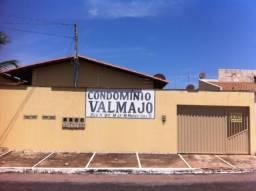 Apartamento no setor Waldir Lins II
