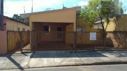 Casa na R. Dr. Moacir Amaral, Vila J.K. Aun, em Cosmópolis-SP (CA0076)