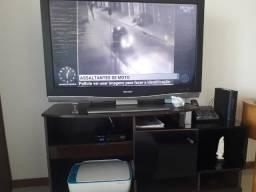 TV Sharp 43 LCD com Rack ( tela com riscos)