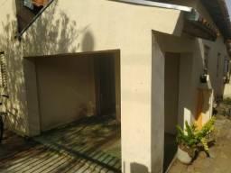 Casa na rua Pernambuco Centro de Votuporanga SP