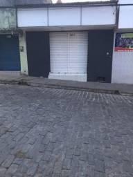 Aluga-se ponto comercial em Viçosa/ Al