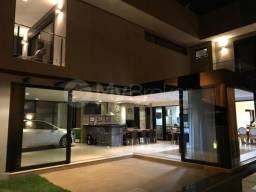 Casa sobrado em condomínio com 5 quartos no Jardins Lisboa