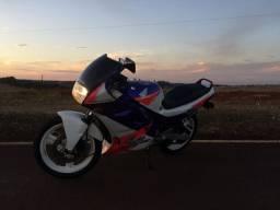 Honda CBR 450SR Ano 93