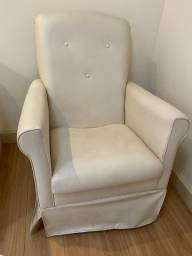 Cadeira poltrona de amamentação - Linhares