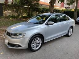 Volkswagen jetta tsi  2011 com teto impecável