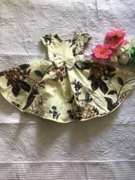 Vestidinho de 5-12 meses e tbm de 8-10 anos (NOVO)