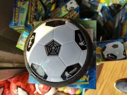 Bola para jogar dentro de casa do Ronaldinho gaúcho