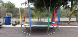 Pula pula/casinha de bolinhas/brinquedos infláveis e jogos de mesas e cadeiras