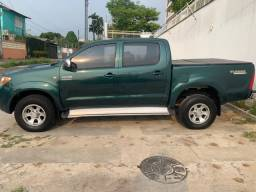 Toyota Hilux SRV a Diesel manual ótimo estado revisada