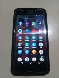 Vendo celular moto e4 plus