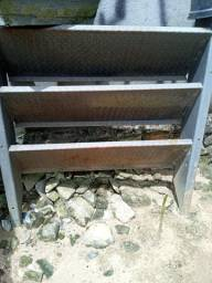 Vendo escada anti derrapante