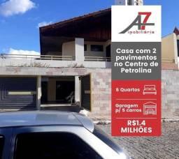 Casa com dois pavimentos no Centro de Petrolina
