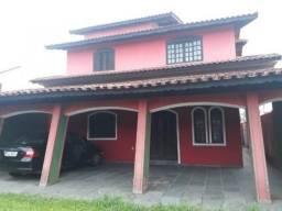 Casa com churrasqueira, em Itanhaém, bairro Loty, lado serra, 400m da rodovia, Ref. 6161wa
