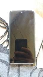 Troco smartphone Motorola moto g8 play por iPhone
