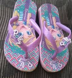 Lote infantil de calçados