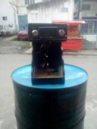 Rádio Buster na mesa de paredão e módulo rodistar de 1600 wts