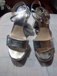 Vendo sandália da zara 30 Reais