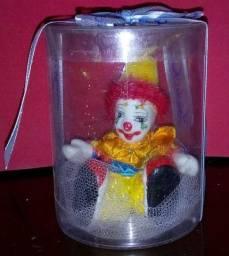 Lembranças de aniversario palhaço em porcelana na caixinha
