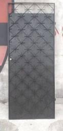 Portao de ferro  220x90 lindo 270 reais