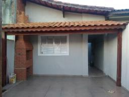 Casa 02 dormitórios, próximo Rodoviaria