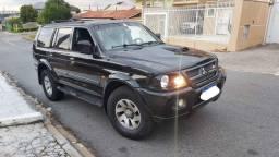 Pajero Sport HPE 2.8 4x4 turbo diesel troca x Frontier ou Amarok