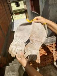 Proteção para soldar+luvas de raspa de couro usados