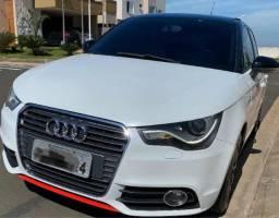 Audi A1 S-tronic TFSI 1.4 Turbo - Oportunidade!