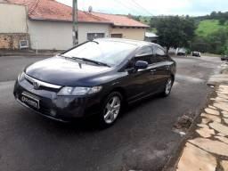 Honda Civic 2008/08 1.8 LXS 16V Flex 4p automático.