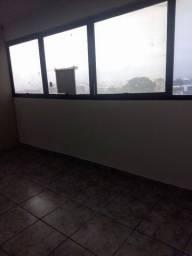 Título do anúncio: Sala Comercial com 70m² com divisória, Av. Pres.Wilson, Centro, São Vicente-SP